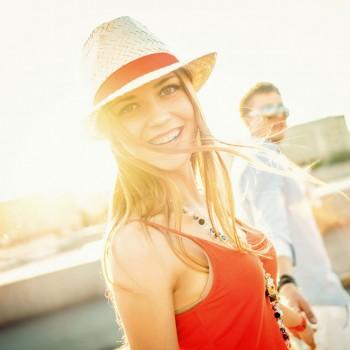 photodune-9724382-young-couple-new