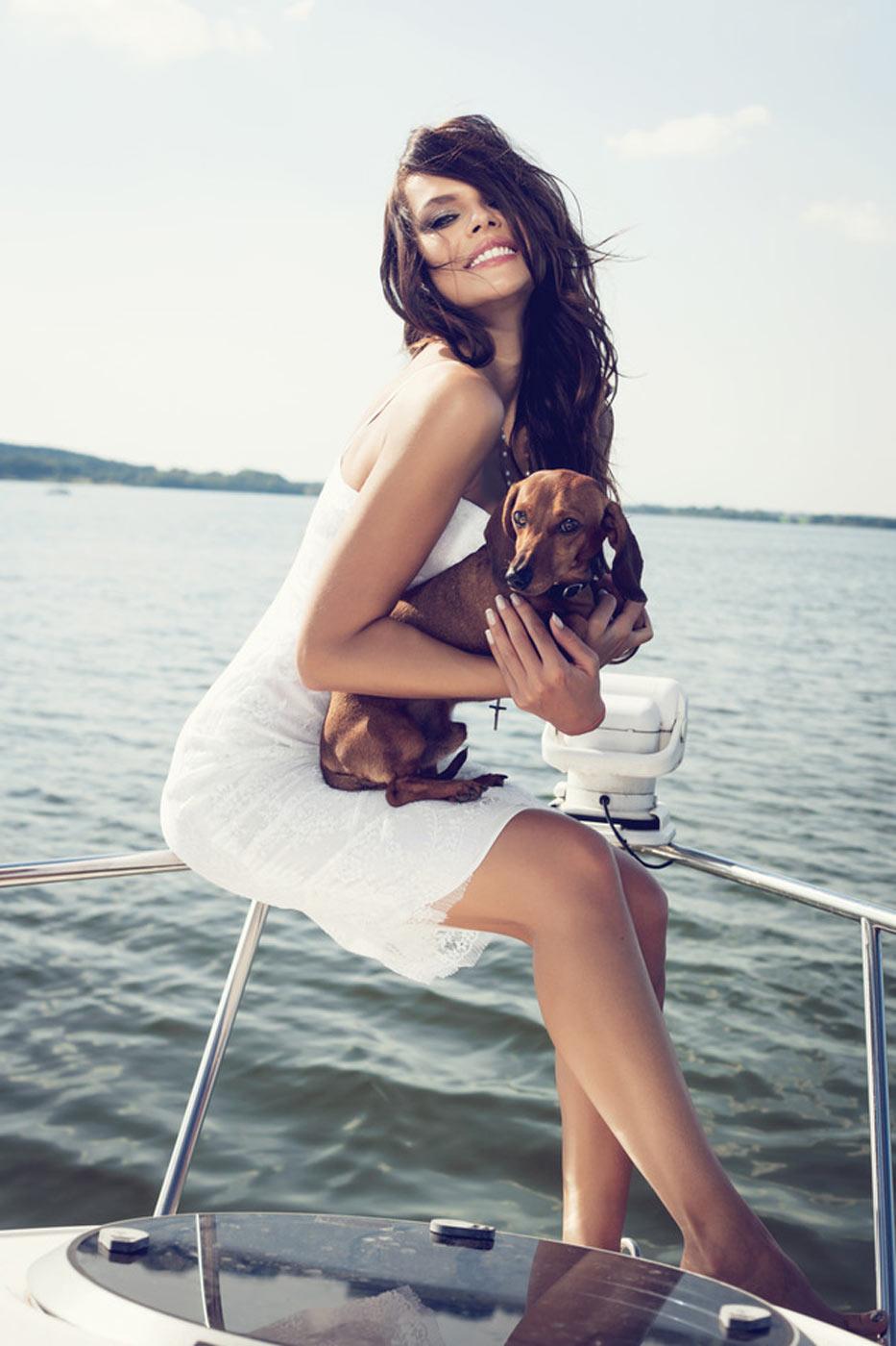 photodune-5616440-happy-woman-smiling-on-boat-s